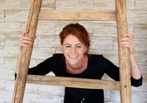 Friseurmeisterin Laura Haala